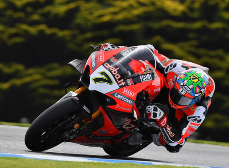 Mundial de Superbike - Davies vence segunda bateria