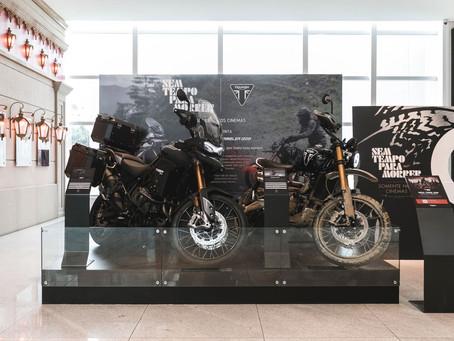 Triumph expõe, em São Paulo, modelos de motocicletas usadas no novo filme de 007