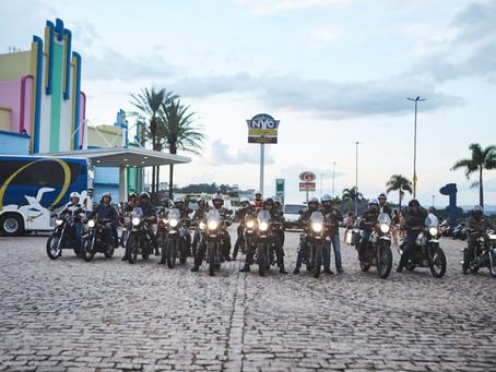 Royal Enfield realiza ride para comemorar a venda da 100ª Himalayan no Brasil