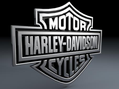 Harley-Davidson e BMW fora do Salão Duas Rodas