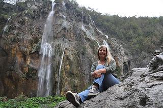 Siri in Plitvice Lakes National Park.jpg