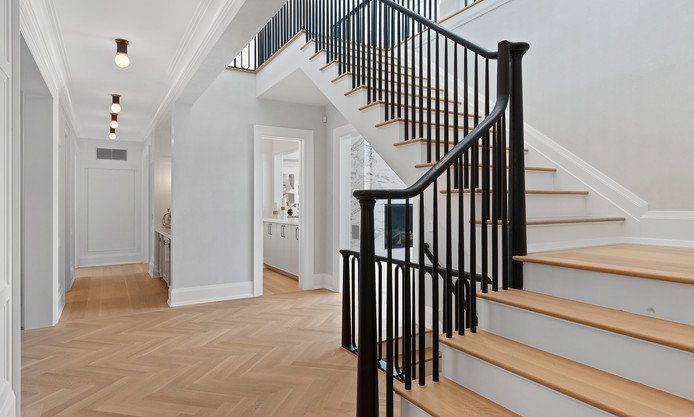 24.upstairs.jpg