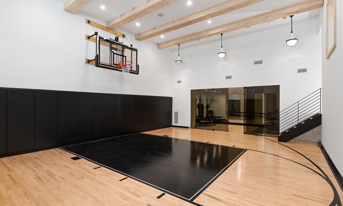 44.basketball.jpg