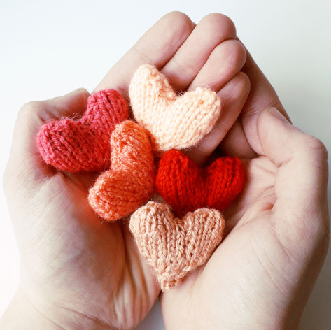 Easy Little Hearts FREE Pattern