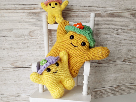 How to knit 3 toy sizes from one pattern- and no maths!