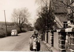 Heinz Motorroller.jpg