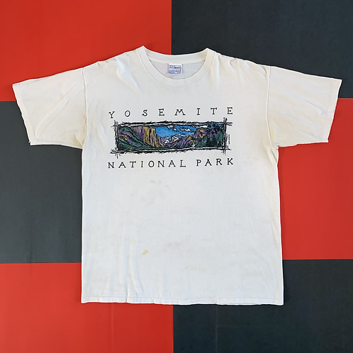 VINTAGE 2000 YOSEMITE NATIONAL PARK TEE