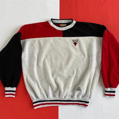 VINTAGE CHICAGO BULLS COLOR BLOCK CREWNECK