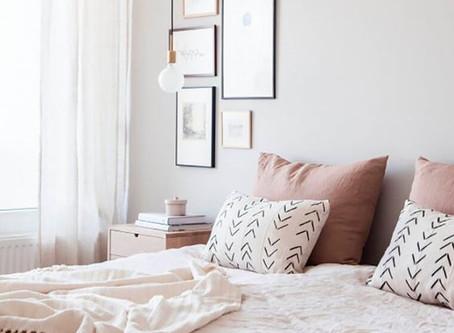 10 astuces de décorateur d'intérieur pour agrandir une petite chambre