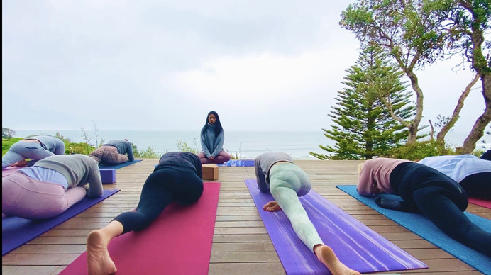 Yoga retreat Beach Yoga NSW