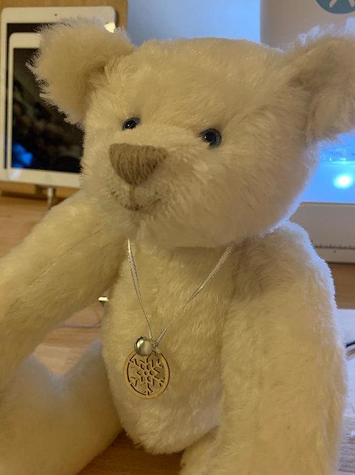 Lumi White Mohair bear