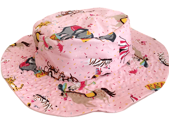 REVERSIBLE BUCKET HAT CA16