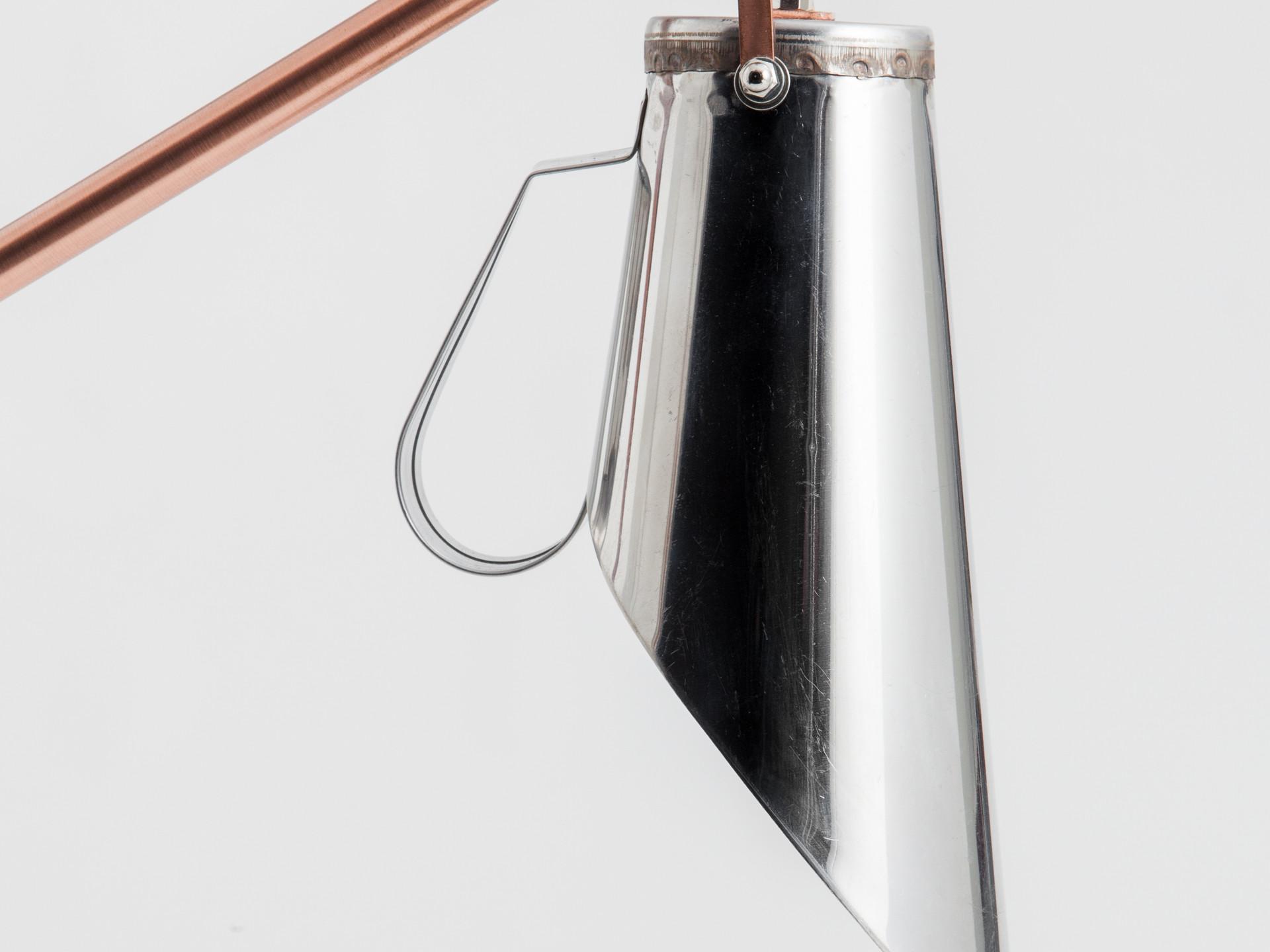 medida lamp