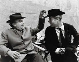 Federico Fellini and Marcello Mastroianni, backstage 8 1⁄2 , 1962