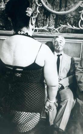 Vittorio de Sica on the set of Marriage Italian Style, 1964