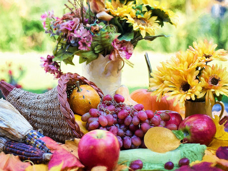 Creating a Centerpiece of Thanksgiving