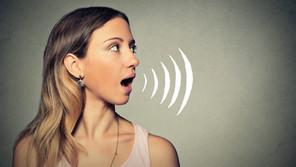 ¿Cómo modular tu voz a la hora de hablar en público?