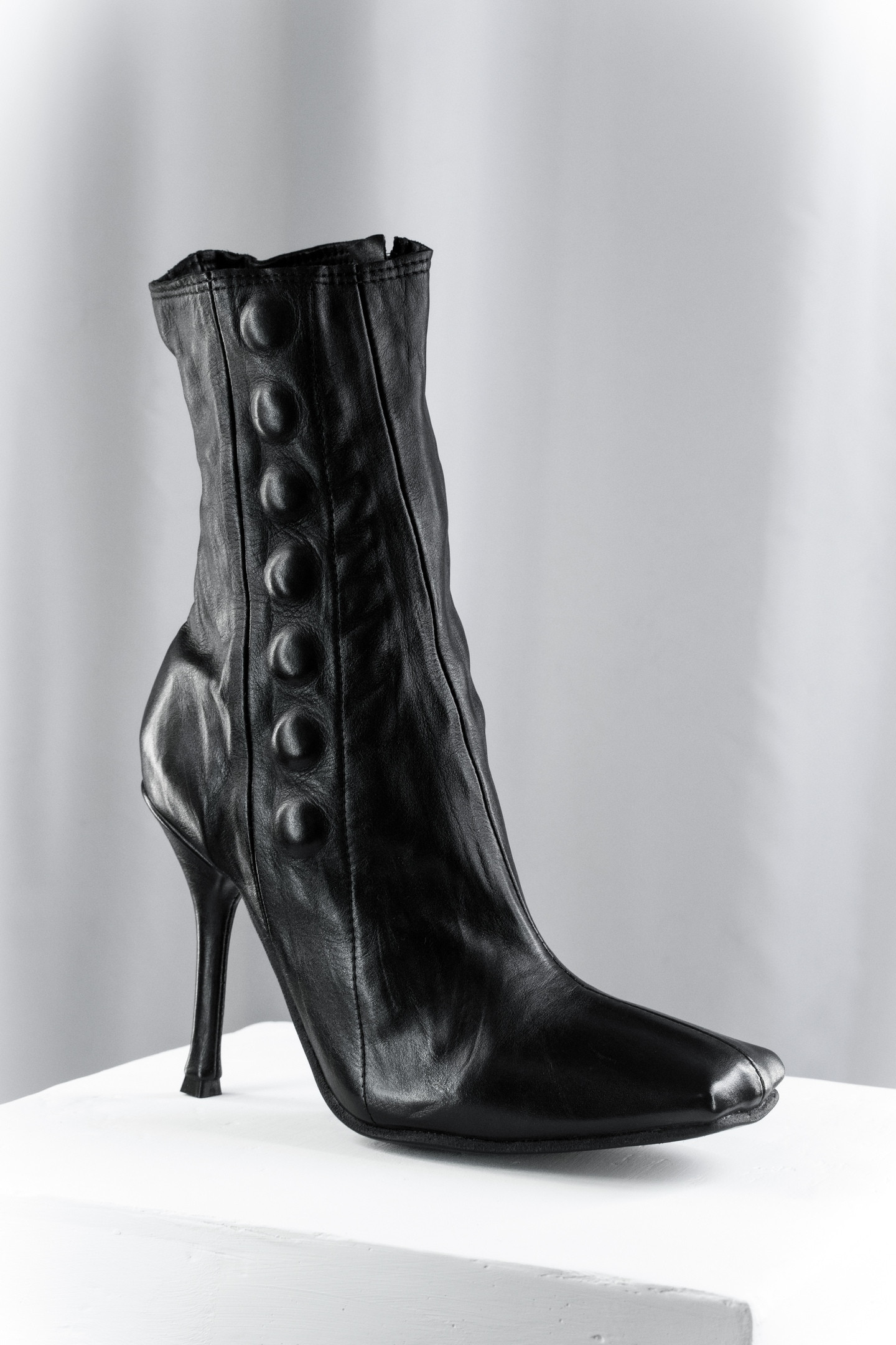 Stiletto heel Button Boots