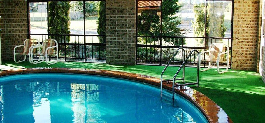 idlewilde indoor pool.jpg