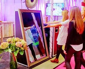 mirror-me-still.jpg