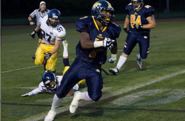 Wolverines 22, Wildcats 6: Alexander Givens-Perry scores TD in NEFL loss