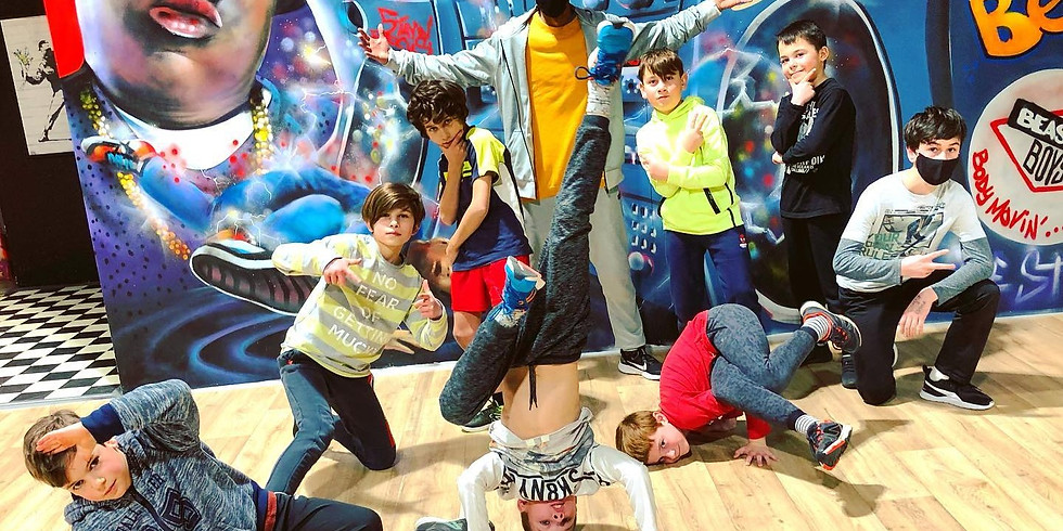 Stage Breaking & Top Rock - Membres Funky Feet Academy