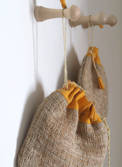 Création bois tourné : boutons crochets de suspension