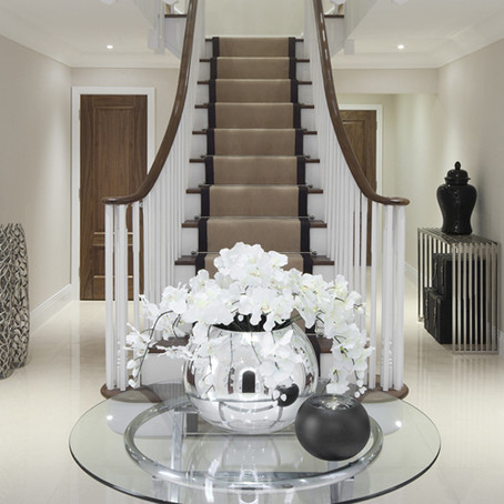 Hallway design ideas to enhance your staircase