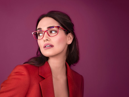 How to Pick Frames That Compliment your Skin Tone