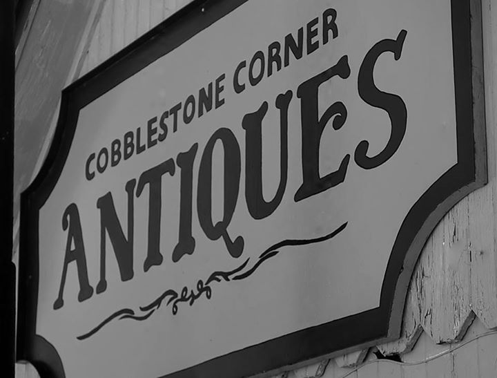 Cobblestone Corner Antiques sign