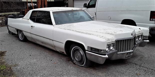69 Cadillac Coupe Deville