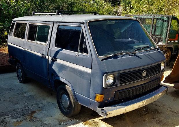 85 VW Vanagon bus