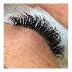 Thick & Fluffy Russian Volume Lashes
