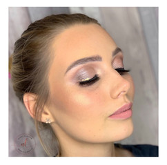 Rose Gold Soft Glam with Gold Liner