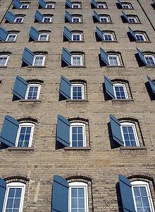Waterloo building.jpg