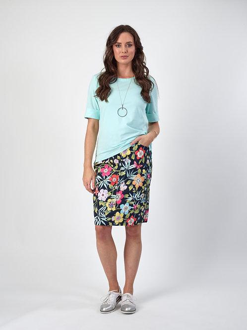 Vassalli Printed Lightweight Skirt with Centre Back Vent / Vita