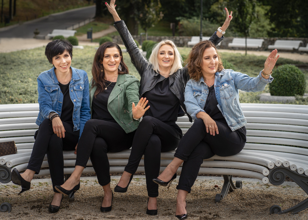 dziewczyny przyjaciolki radosc zycie kobieta