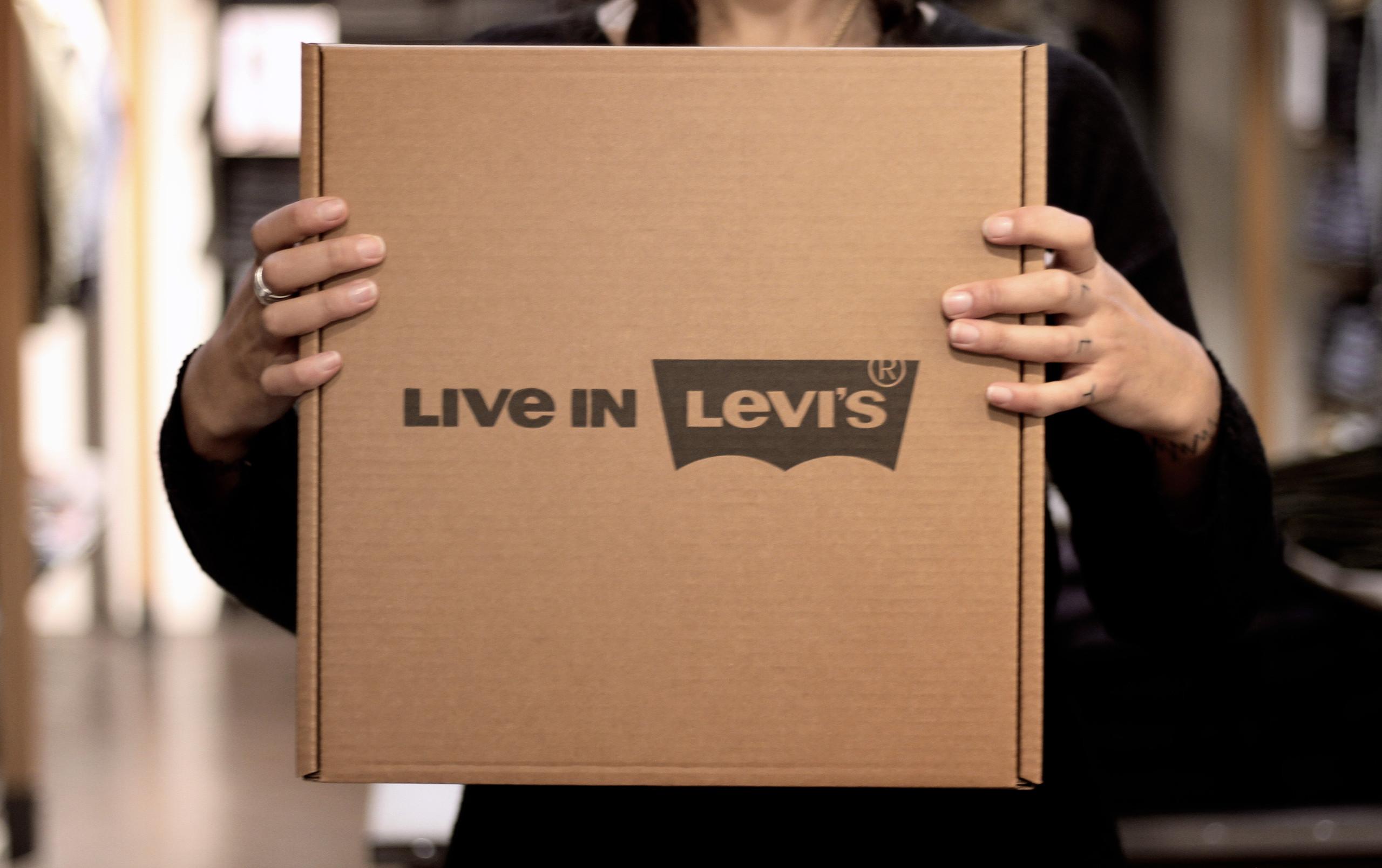 Levi's Malta Gift
