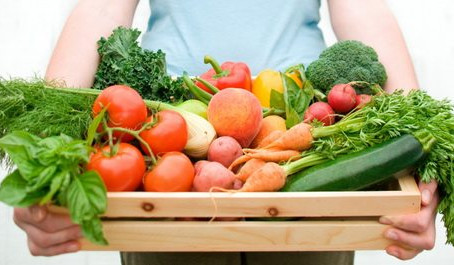 Paniers de légumes bio et action de solidarité