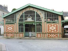 Halles de Quimperlé où se trouve la boutique des JSK