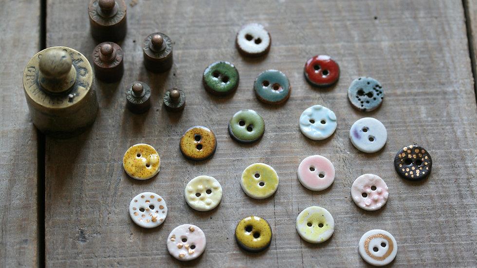 Lot de 6 boutons en porcelaine RIKIKIS