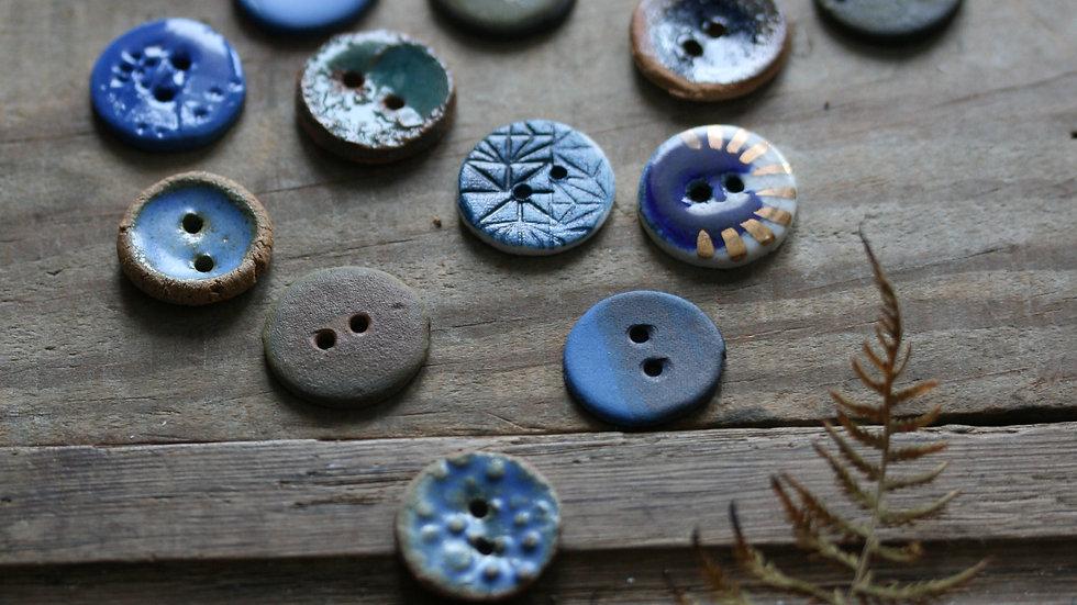 série 2 Lot de 18  boutons en porcelaine HORS SÉRIE