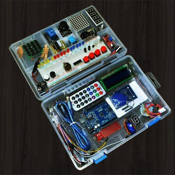 boitier electronique Combiner logique et créativité Apprentissage atout jeune lycéens étude description bibliotheque 2 kit électronique débutant à monter Arduino tutoriel apprendre kit électronique explication meilleur composant