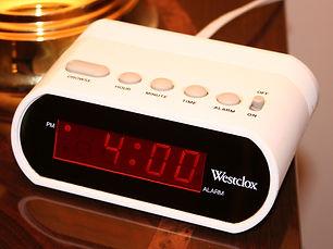 1280px-Digital-clock-alarm.jpg