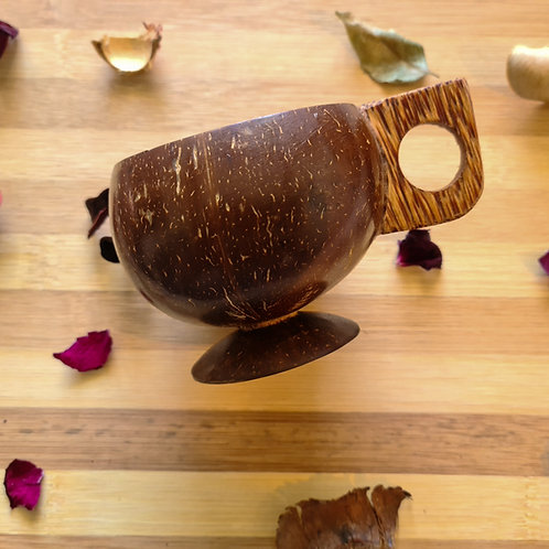 Handcrafted coconut shell cups (Set of 4 pcs)