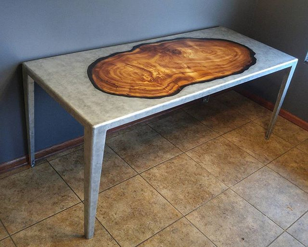 Inlayed redwood slab in alluminum