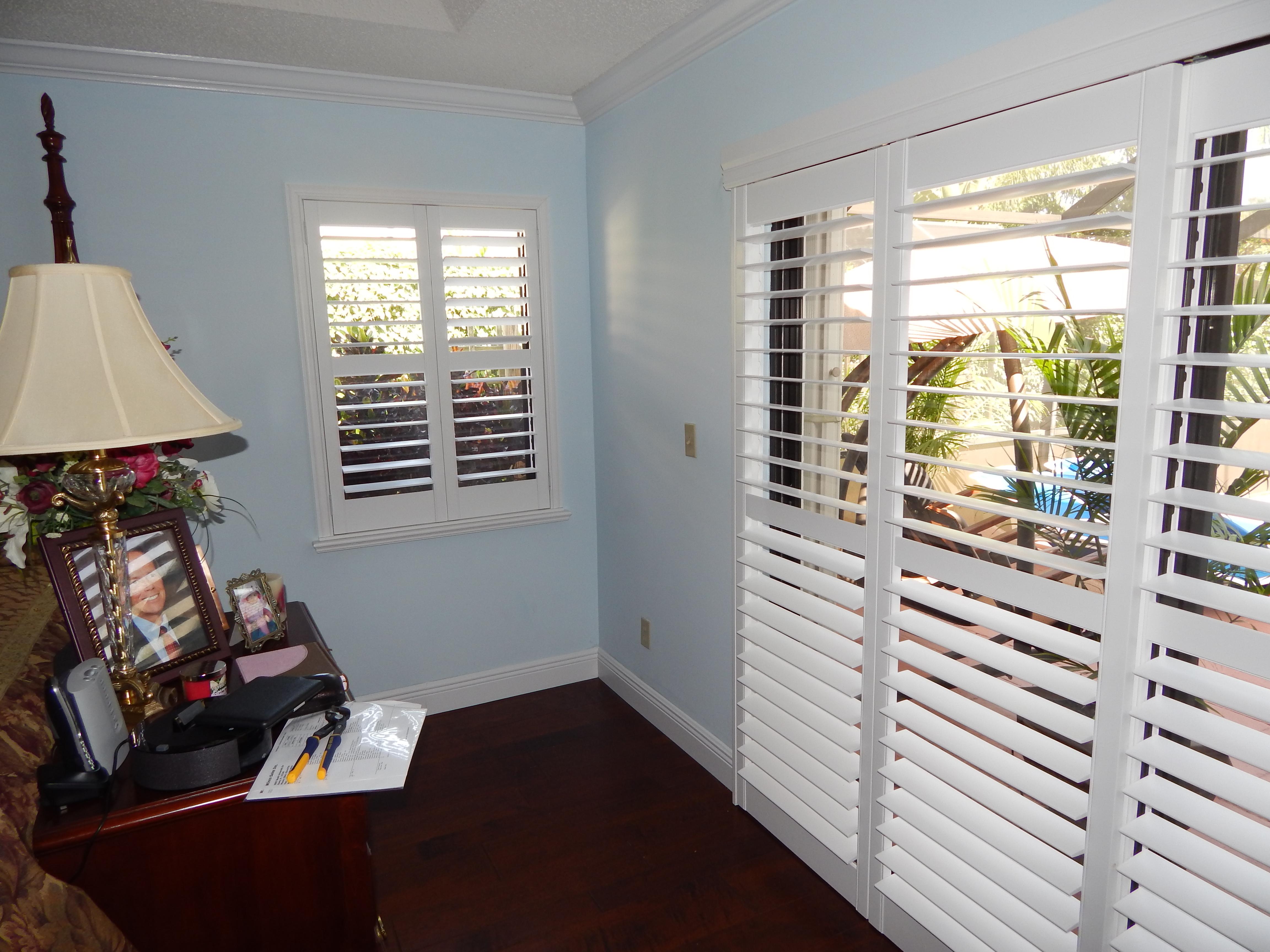 Hunter Douglas Palm Beach Shutters