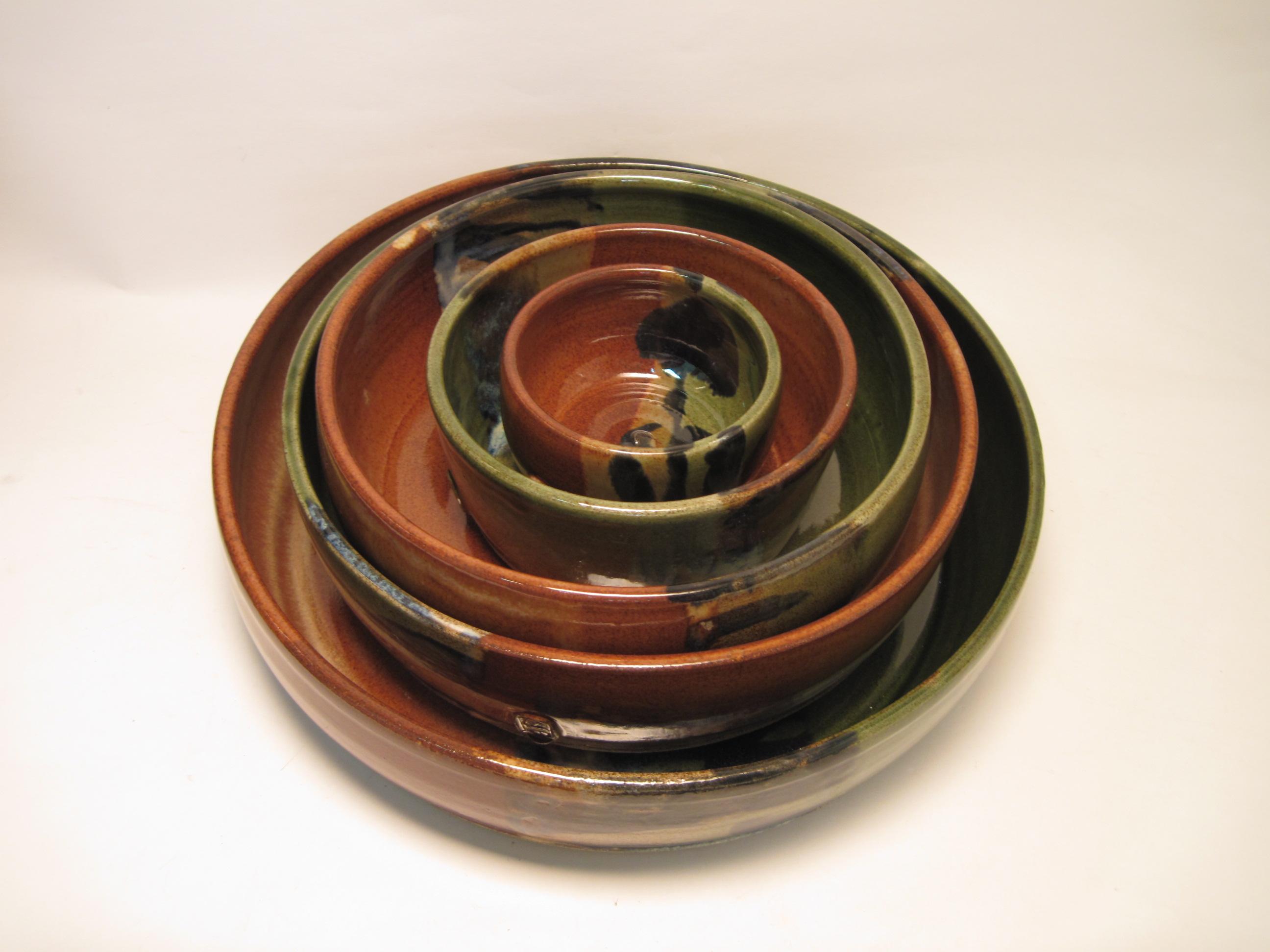 Set of stoneware bowls