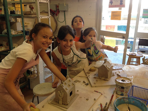 Ceramic Chug -Tuesday 5-6:15 pm Ages 6-8