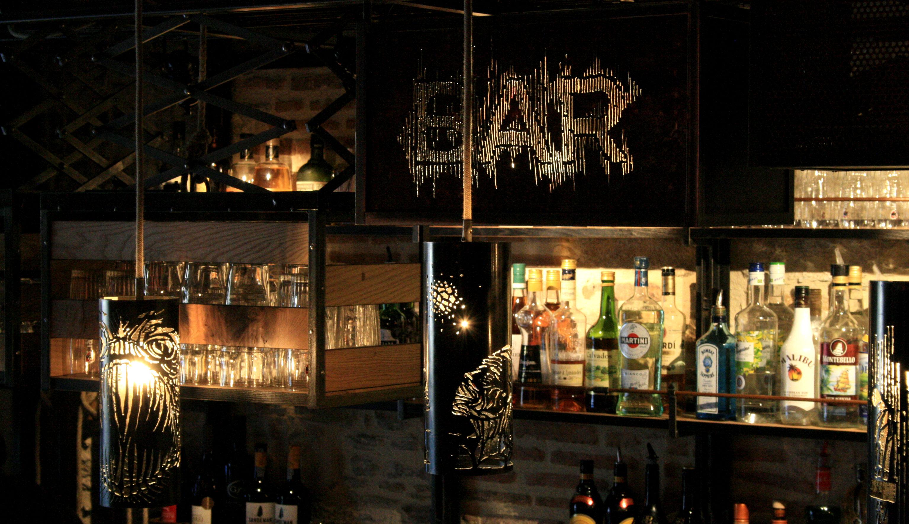 Live bar 2